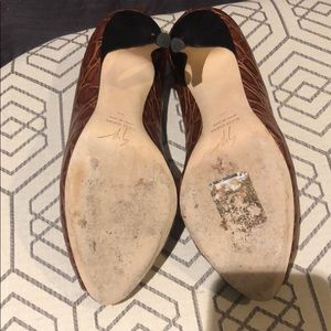Giuseppe Zanotti Shoes - Authentic Giuseppe Zanotti Brown /tan/ wood heel.